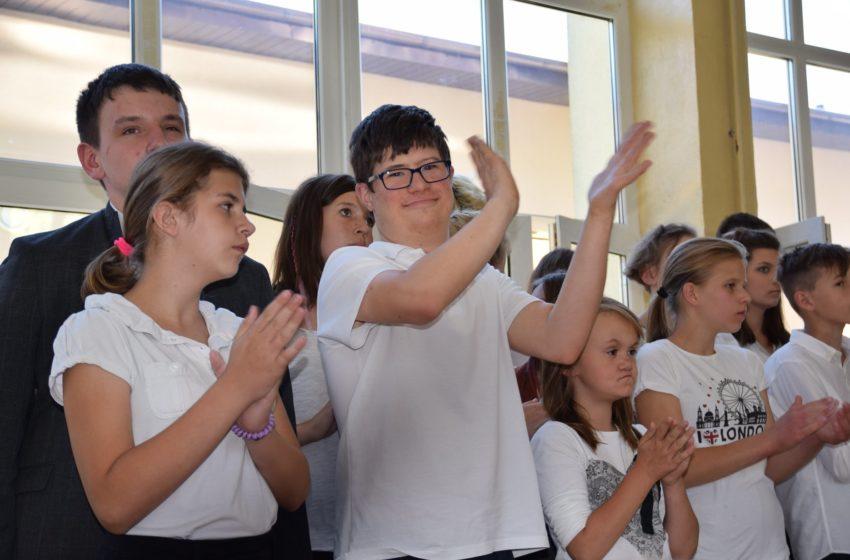 Zajęcia w szkołach podstawowych specjalnych od 25 maja